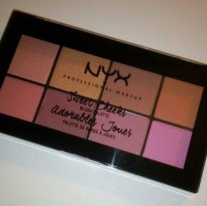 🆕 NYX Sweet Cheeks Blush Palette